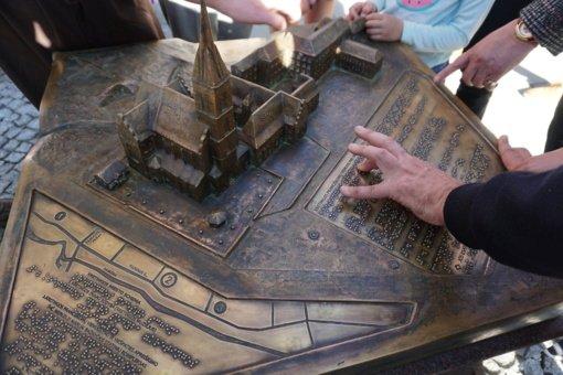 Naujovė Šiaulių mieste – taktiliniai žemėlapiai