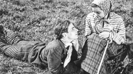 Laisvės alėjoje iškils naujas akcentas: pasiūlyta 11 idėjų pirmajam lietuviškam filmui įamžinti