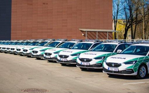 Klaipėdos apskrities policijos komisariato transporto parką papildė 15 naujų automobilių