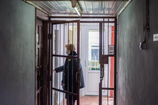 Panevėžio pataisos namuose skiepijami ir darbuotojai, ir nuteistosios