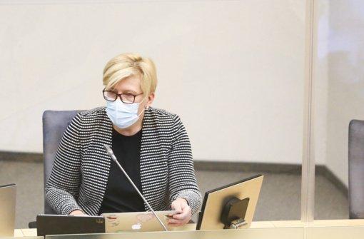 I. Šimonytė apie Anykščiuose plintančios atmainos COVID-19: reikia susitaikyti su tuo, kad virusas nuolat mutuoja