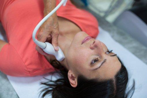 Skydliaukės problemos – daugelio negalavimų priežastis: ką reikia žinoti apie gydymą?