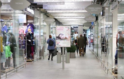 Padidėjusio lankymosi prekybos centruose kol kas nepastebi