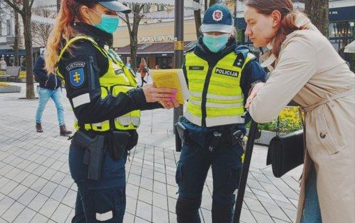 Kaune pareigūnai dviratininkams ir elektrinių paspirtukų vairuotojams priminė Kelių eismo taisykles
