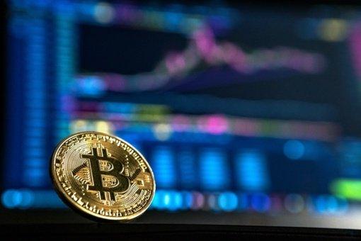 """Už """"Bitcoin"""" besislepianti milžiniška tarša ir resursų švaistymas - ne (vien) mūsų reikalas"""