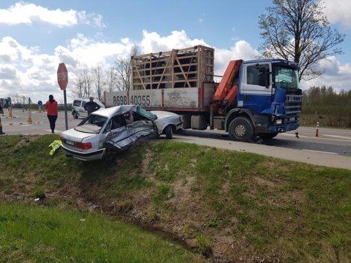Baisi nelaimė: avarijoje netoli Vyžuonų žuvo žmogus