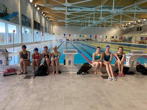 Penkios Varėnos sporto centro plaukikės dalyvavo Lietuvos jaunučių plaukimo pirmenybėse