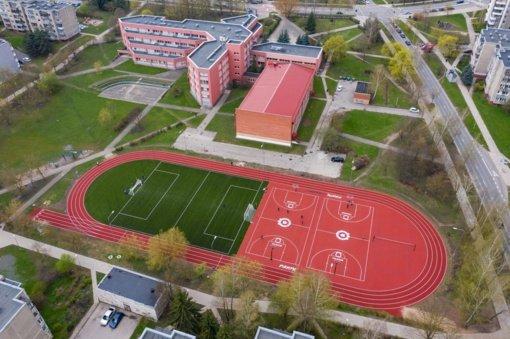 Vilniuje užbaigtas jau dešimto mokyklos stadiono remontas
