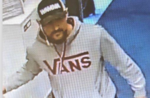 Policija ieško parduotuvėje kaukės nedėvėjusio alytiškio