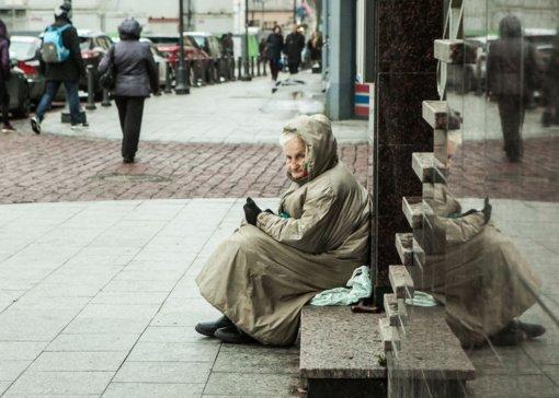 Šiais metais bus pradedama mokėti vienišų asmenų pensija
