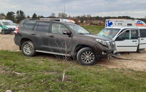 Palangoje nukentėjo automobilį vairavęs vyras ir kartu važiavusios trys paauglės