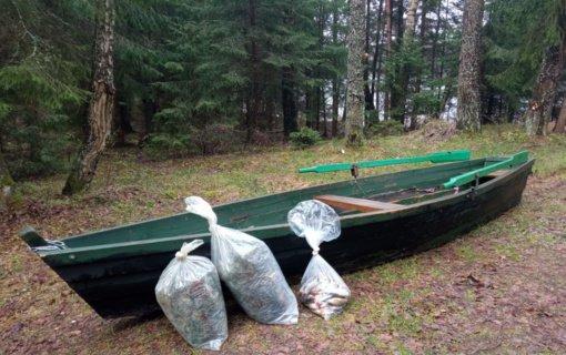 Švenčionių rajone aplinkosaugininkams įkliuvo tinklais žvejojęs vyras