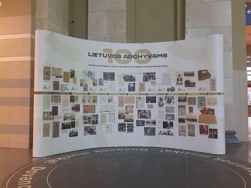 Valstybės archyvų parodos keliasi į viešąsias erdves