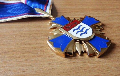 Kviečia teikti pasiūlymus Molėtų rajono garbės piliečio vardui suteikti
