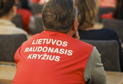 Raudonasis Kryžius kviečia savanoriauti vakcinavimo centruose