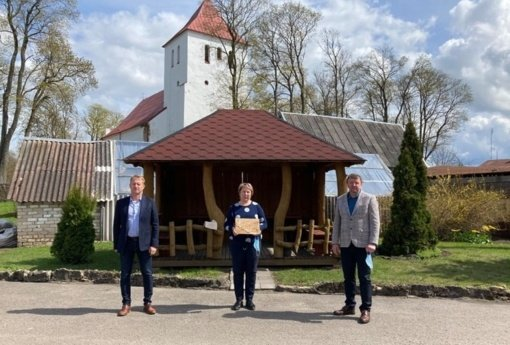Dviejose Joniškio rajono švietimo įstaigose paskiepyti visi darbuotojai
