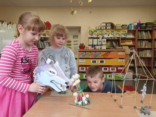 Onuškio bibliotekoje – pasakas skaitome išmaniai
