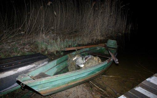 Sartų ežere sulaikyti du tinklininkai