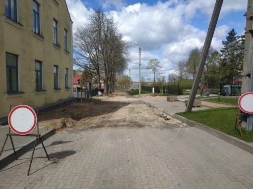 Biržuose vykdomi statybos rangos darbai Birutės gatvėje