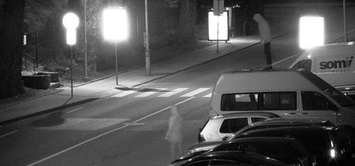 Šokinėjusį ant automobilio pilietį sulaikė Vilniaus pataisos namų pareigūnai