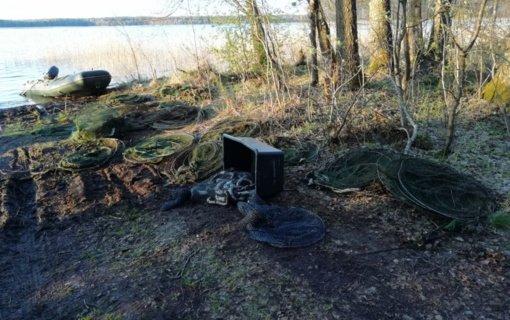 Dūkšto ežere du asmenys prisiunguriavo už 7000 eurų
