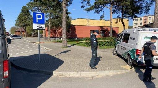 Varėniškis pranešė užminavęs pastatą: ant kojų sukelta policija