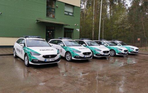 Alytaus apskrities policijos autoparką papildė 5 nauji automobiliai