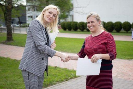 """Jonavoje apdovanoti """"Atliekų kultūros"""" egzamino dalyviai"""