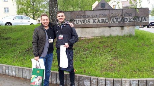 Kuršėnų Lauryno Ivinskio gimnazijos abiturientas konkurse apie Lietuvos kariuomenę – geriausias Lietuvoje