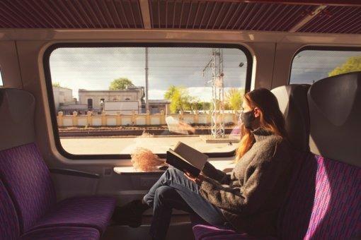 Atmintinė keliaujantiems traukiniais: ką svarbu žinoti prieš vasaros sezoną