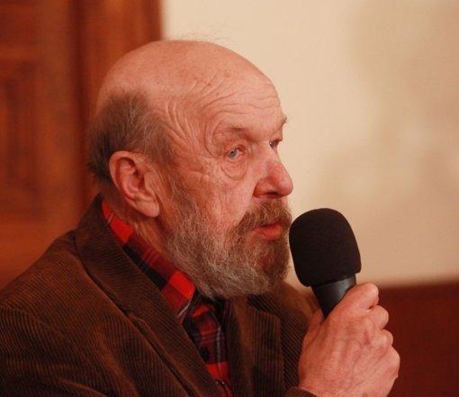 Mirė rašytojas, kino scenaristas Rimantas Šavelis