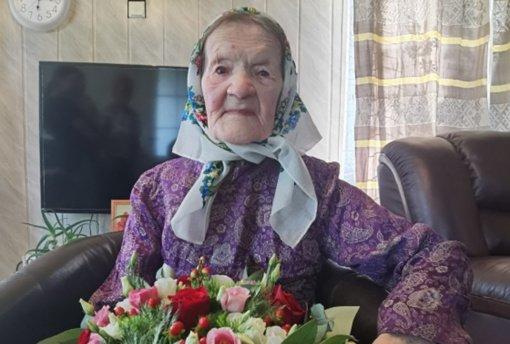 Pasveikinta šimtametė Stakliškių seniūnijos gyventoja