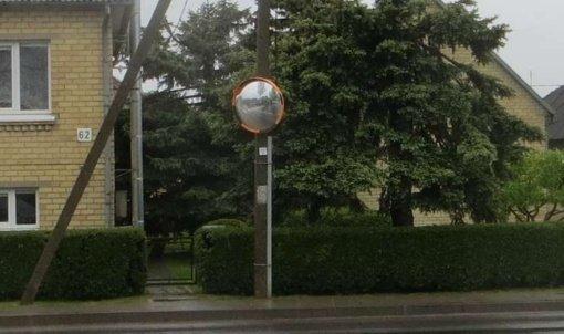 Joniškio vairuotojų saugumui – sferiniai veidrodžiai