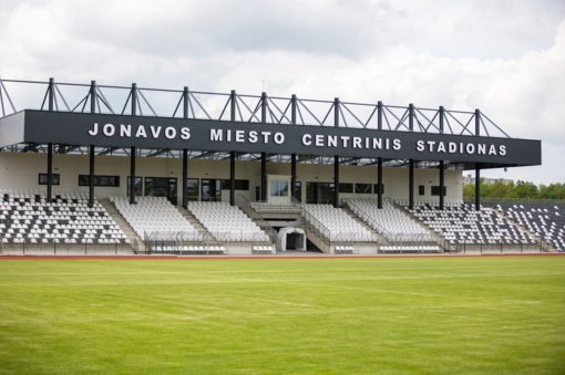 Paskelbta, kada bus atidaromas rekonstruotas Jonavos miesto centrinis stadionas