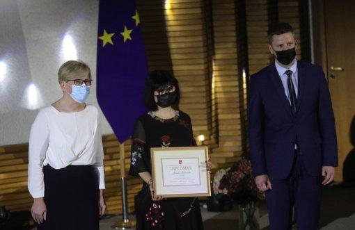 Premjerė įteikė Vyriausybės kultūros ir meno premijas