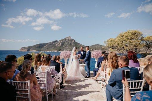Kiek kainuoja vestuvės užsienyje?