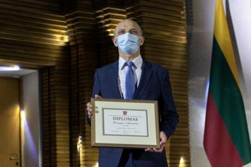 Vyriausybės kultūros ir meno premija įteikta Šiaulių miesto garbės piliečiui Remigijui Adomaičiui