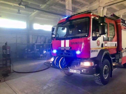 Ukmergėje, metalo apdirbimo įmonėje kilo gaisras
