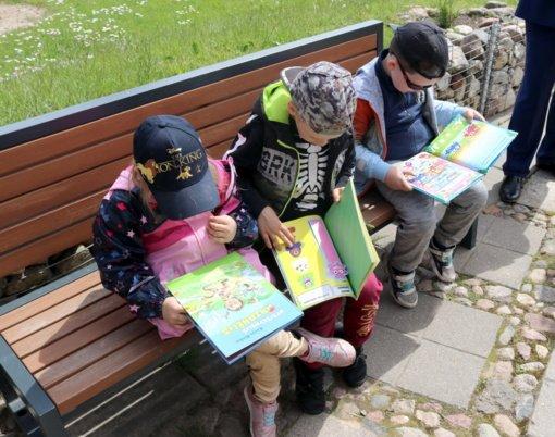 Tarptautinė vaikų gynimo diena Šiaulių rajone – su Šiaulių apylinkės teismo dovanotomis knygomis