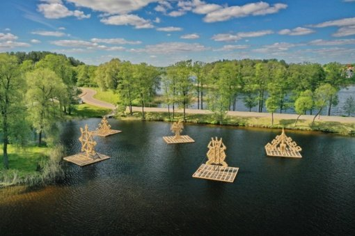 Zarasuose – įspūdingų skulptūrų parkas ant vandens