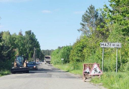 Mažeikių rajone remontuojami keliai