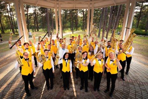 """""""Orkestro vasara 2021"""" kviečia kartu ilsėtis, keliauti laiku ir pažinti naują lietuvišką muziką"""