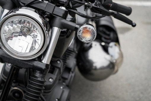 Plungės rajone apvirto į griovį nuvažiavęs motociklas