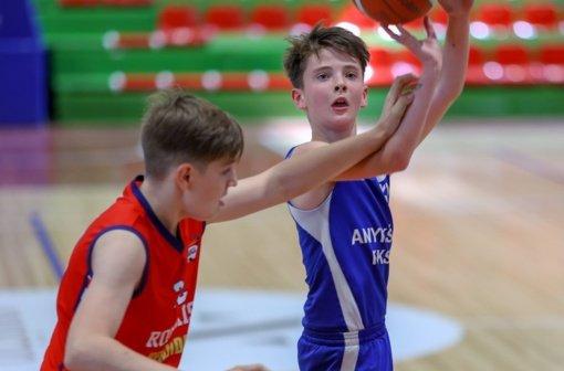 Anykštėnai sužaidė draugiškas rungtynes prieš Rokiškio komandą