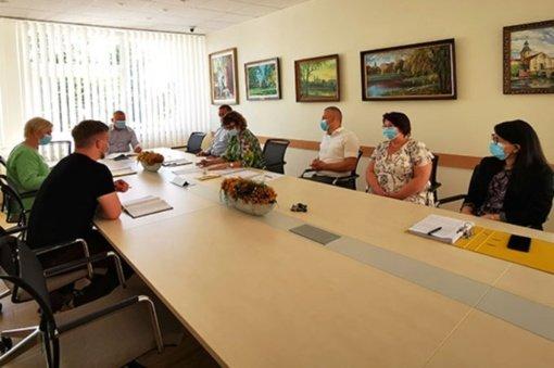 Radviliškio rajono savivaldybėje – diskusija apie prasidėjusią brandos egzaminų sesiją ir vaikų vasaros poilsio programas