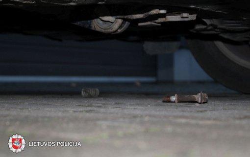 Panevėžiečiai bus teisiami dėl automobilių katalizatorių vagysčių