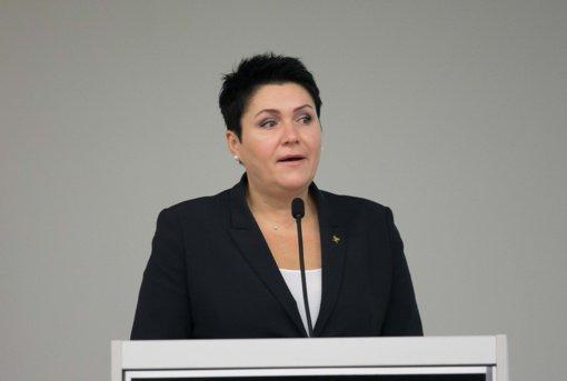 LTOK prezidentė patvirtino skambinusi A. Mazuroniui, tačiau pareiškimus dėl spaudimo vadina prasilenkiančiais su realybe