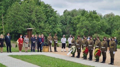 Šiauliuose pagerbtas Antrojo pasaulinio karo aukų atminimas