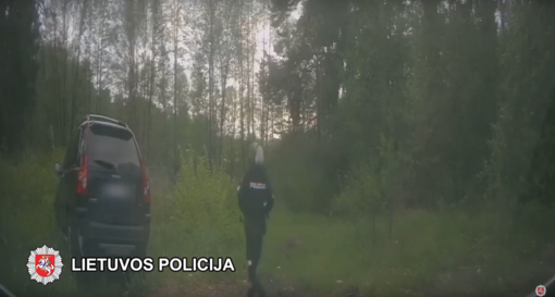 Šalčininkų policijos pareigūnams įkliuvo vogtą automobilį vairavęs neblaivus ir beteisis vairuotojas