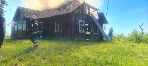 Skaudi nelaimė Joniškio miestelyje: gaisravietėje rastas vyro kūnas